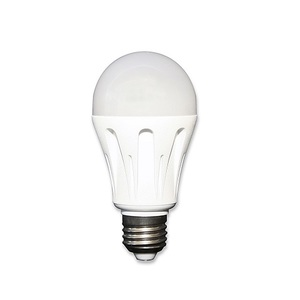 Ampoule LED 12-24 V 6W E27 éclairage naturel - STECA